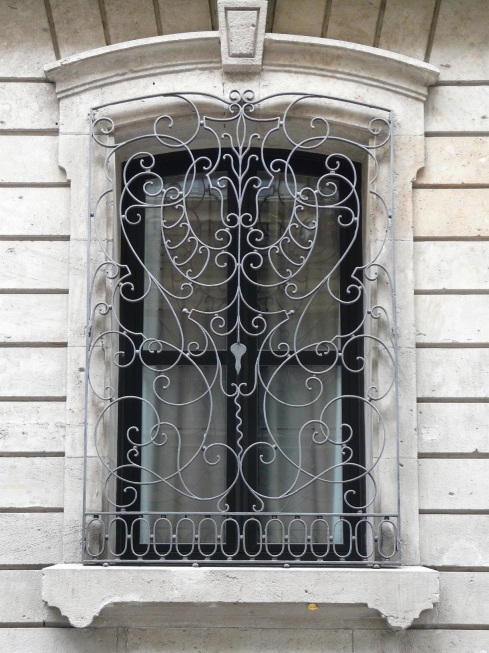 Barcelona Cute Suite Window grilles